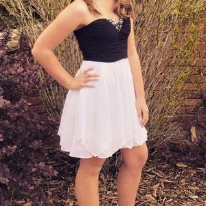 Formal/homecoming dress